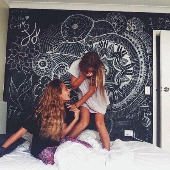 espacio para decoracion de cuarto de jovenes