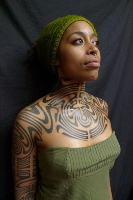 tribal en cuello