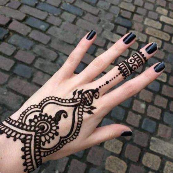 tataujes de henna